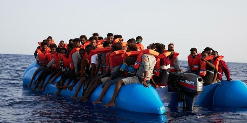 Flüchtlinge auf dem Mittelmeer - Foto: Fabian Heinz/Sea-Eye