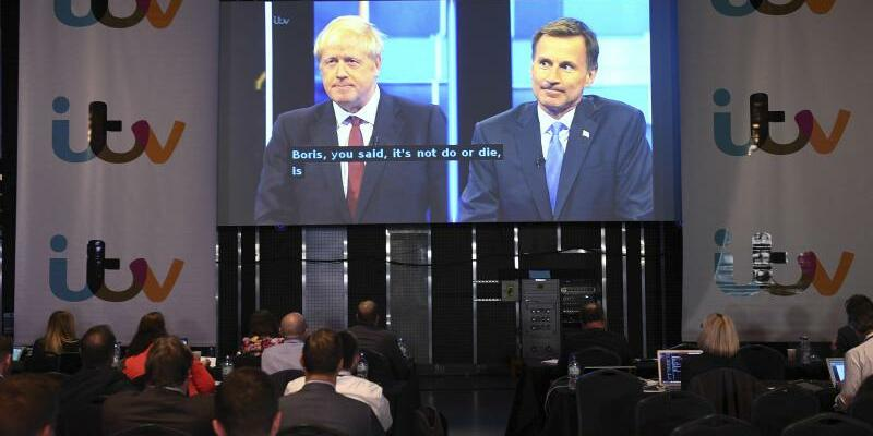 Fernseh-Debatte zwischen Johnson und Hunt - Foto: Stefan Rousseau/PA