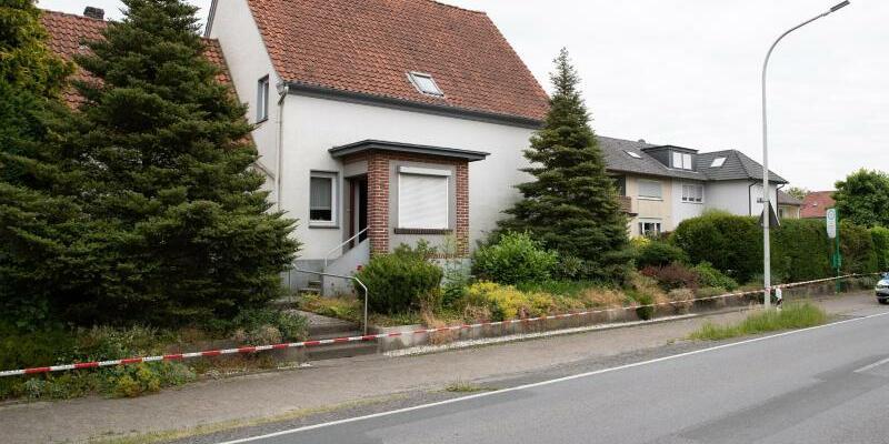 Drei Tote in Haus in Werther bei Bielefeld gefunden - Foto: Friso Gentsch