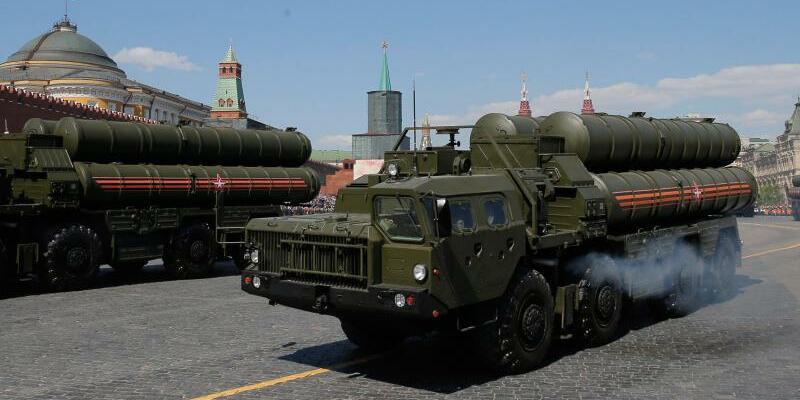 Russsiches Flugabwehrsystem S-400 - Foto: Yuri Kochetkov/EPA/Archiv