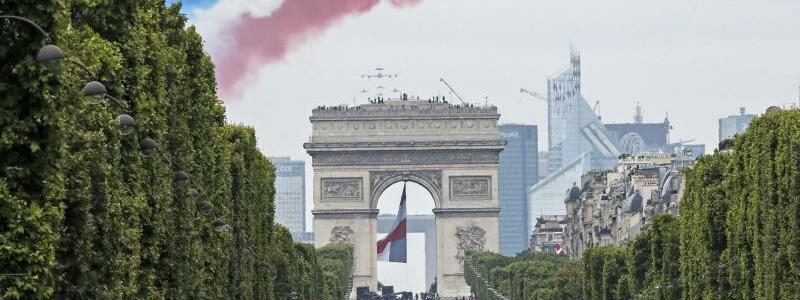 Französischer Nationalfeiertag in Paris - Foto: Michel Euler/AP