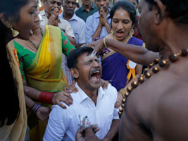 Hinduistischer Feiertag - Foto: Eranga Jayawardena/AP