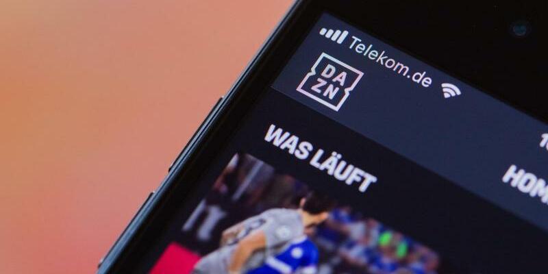 DAZN - Foto: DAZN kooperiert mit Eurosport:Die Bundesliga gibt es künftig imStreamingdienst. Foto:Rolf Vennenbernd