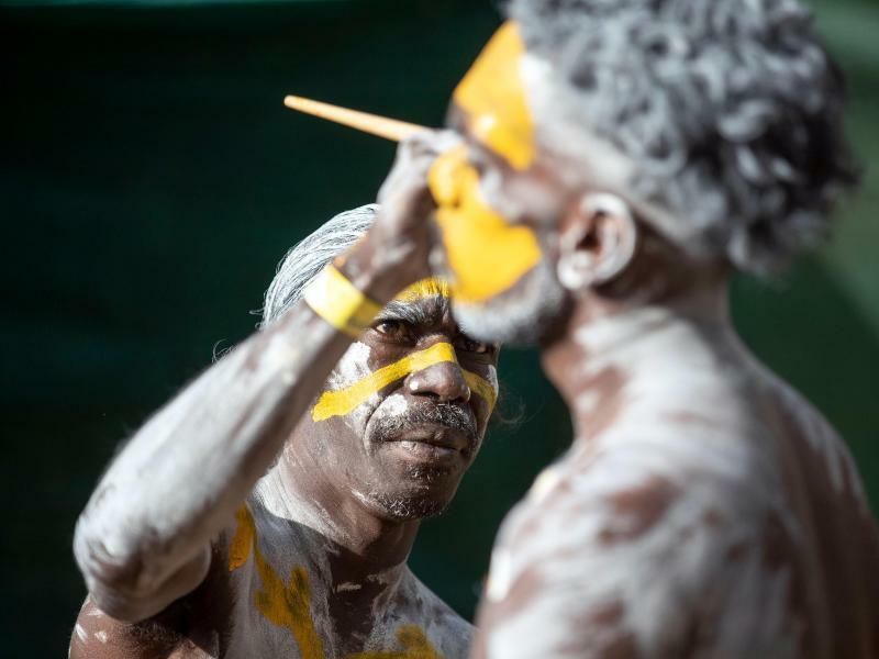 Gesichtsbemalung - Foto: Peter Eve/Yothu Yindi Foundation/AAP