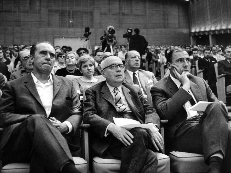 Heinrich Böll - Theodor W. Adorno - Siegfried Unseld - Foto: Manfred Rehm