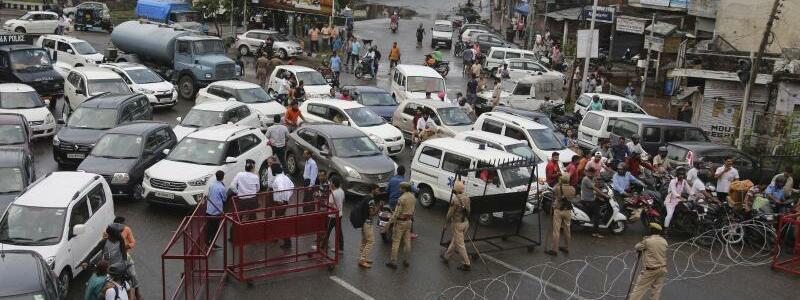 Barrikaden - Foto: Channi Anand/AP