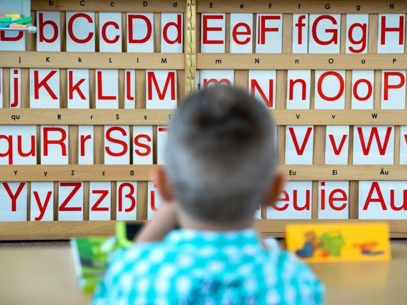 Sprach-Test - Foto: Arno Burgi