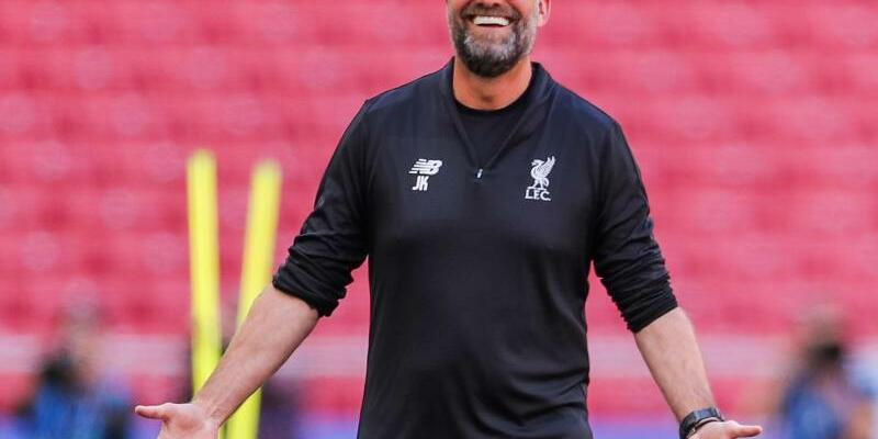 Lichtgestalt - Foto: Ihm liegen die Fans des FC Liverpool zu Füßen: Trainer Jürgen Klopp. Foto:Jan Woitas