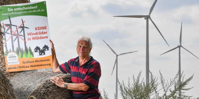 Protest gegen Windkraftanlagen - Foto: Patrick Pleul