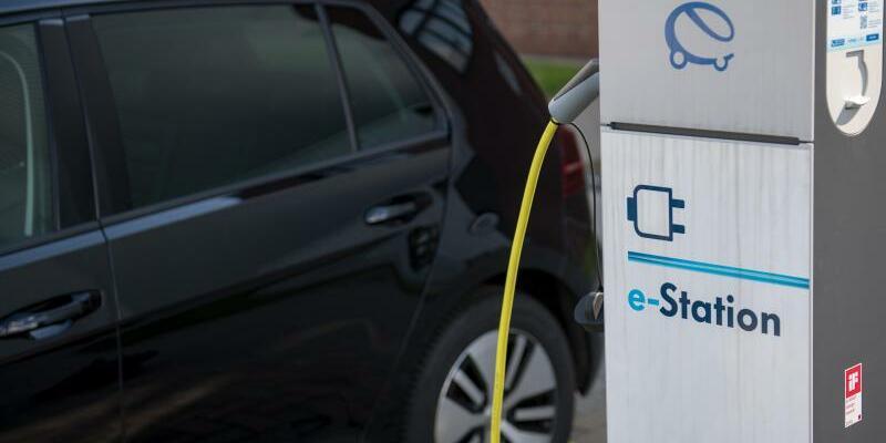 Deutlicher Anstieg bei Zahl der Ladepunkte für E-Autos - Foto: Hendrik Schmidt