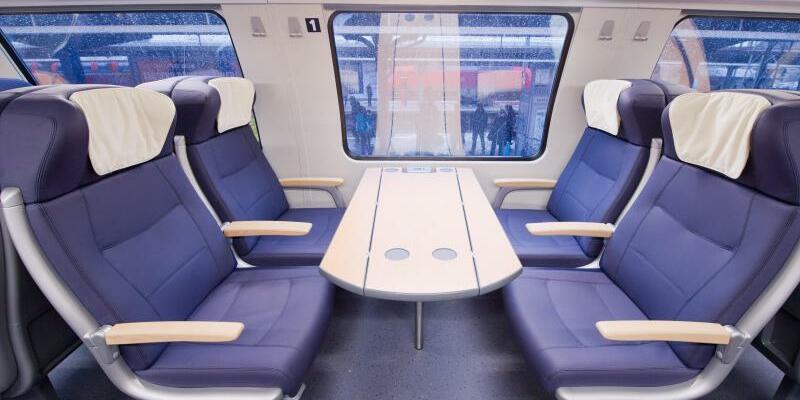 Regionalexpress der Bahn - Foto: Stefan Sauer