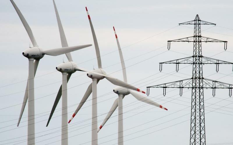 Wird der Strom teurer? - Foto: Julian Stratenschulte
