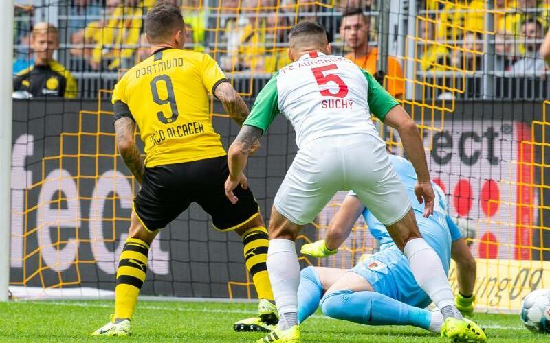 Borussia Dortmund - FC Augsburg - Foto: Guido Kirchner