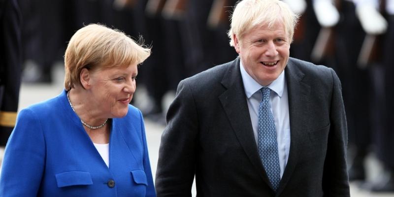 Boris Johnson und Angela Merkel am 21.08.2019 - Foto: über dts Nachrichtenagentur