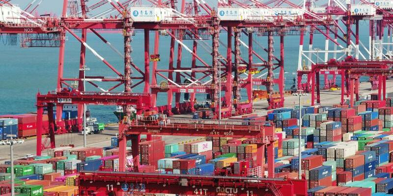 Containerhafen in China - Foto: Yu Fangping/SIPA Asia via ZUMA Wire