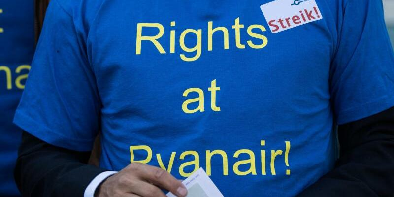 Ryanair-Pilot - Foto: Andreas Arnold