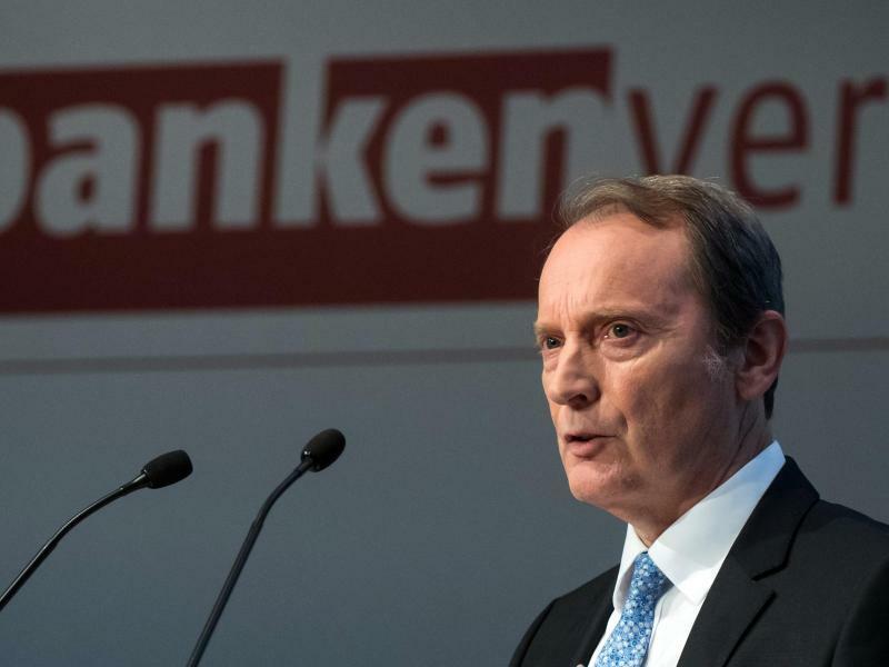 Bankenverband - Foto: Bernd von Jutrczenka