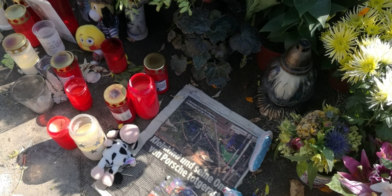 Unglückstelle nach SUV-Unfall mit 4 Toten - Foto: über dts Nachrichtenagentur