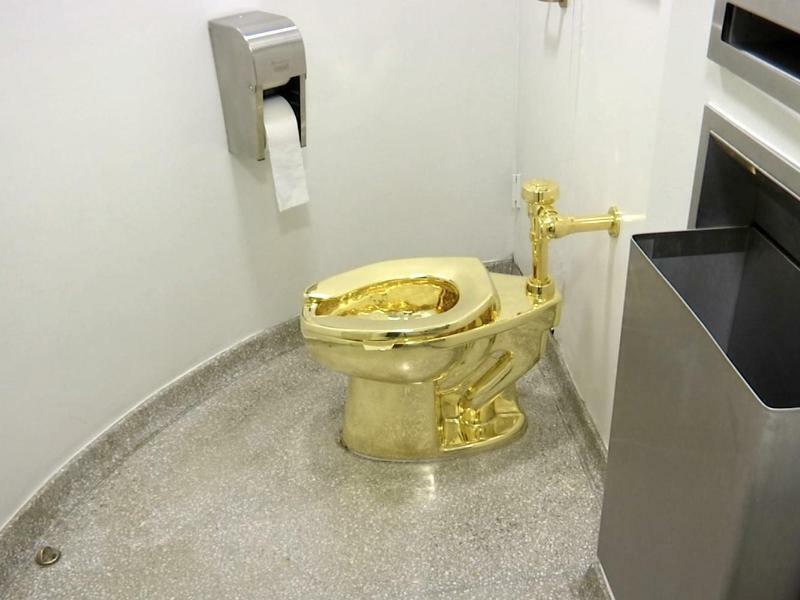 Klo aus Gold gestohlen - Foto: AP