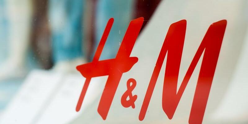 Modekonzern H&M - Foto: Hauke-Christian Dittrich/dpa