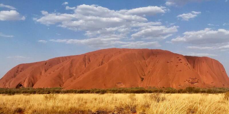 Klettern am Uluru bald verboten - Foto: Christoph Sator/dpa