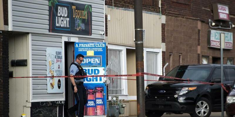 Tote in einer Bar - Foto: Tammy Ljungblad/The Kansas City Star/AP/dpa
