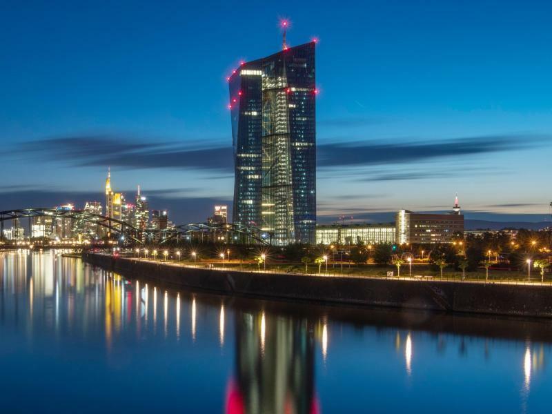 EZB in Frankfurt am Main - Foto: Boris Roessler/dpa