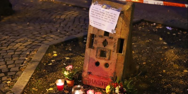 Kerzen am 10.10.2019 vor Anschlagsort in Halle (Saale) - Foto: über dts Nachrichtenagentur