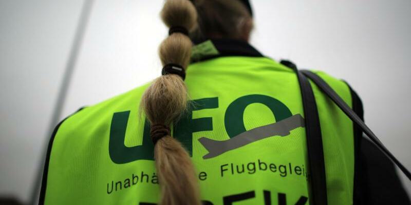 Ufo - Foto: Oliver Berg/dpa