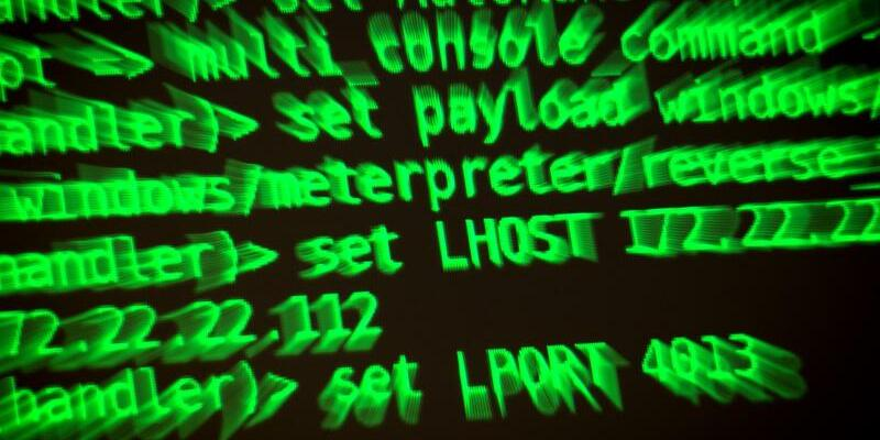 Hacker und Cyberangriffe - Foto: Sina Schuldt/dpa
