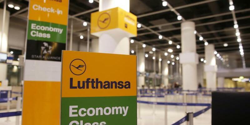 Flugbegleiter-Streik bei Lufthansa - Foto: David Young/dpa