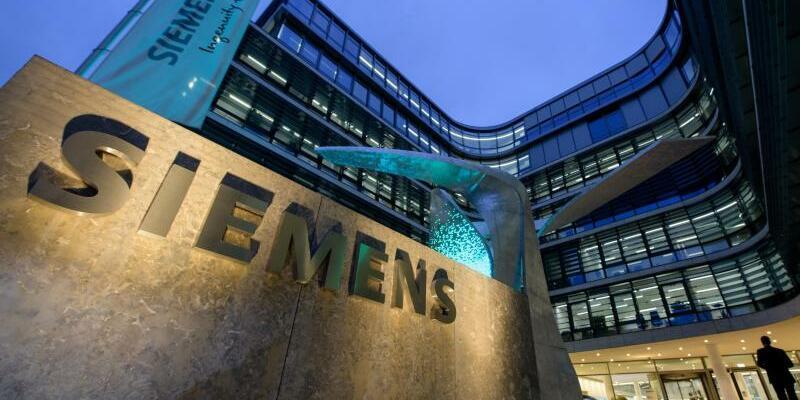 Siemens - Foto: Matthias Balk/dpa