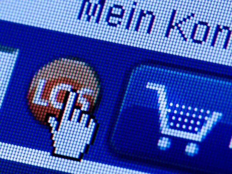 Online-Shop - Foto: Arno Burgi/zb/dpa