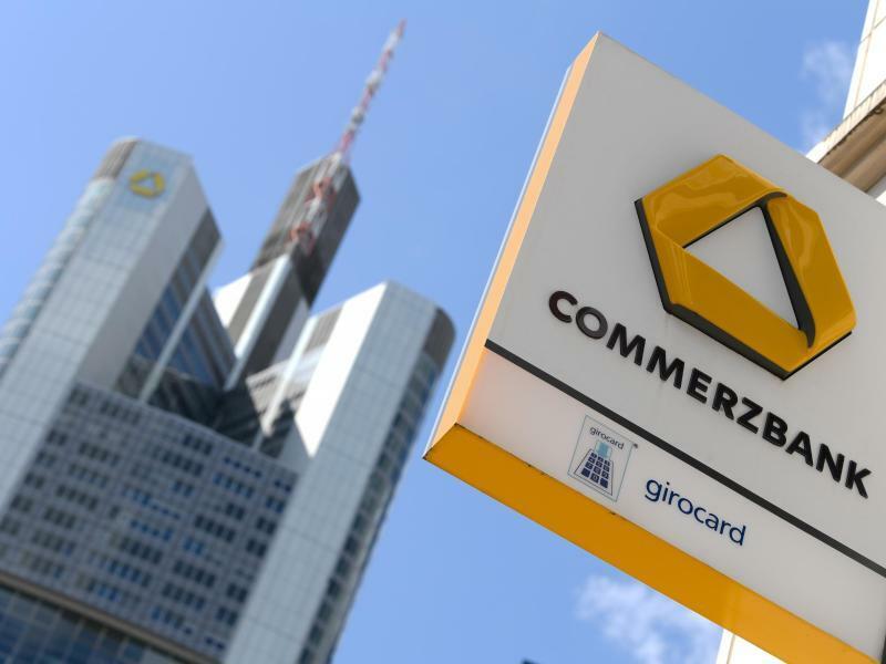 Commerzbank in Frankfurt - Foto: Arne Dedert/dpa