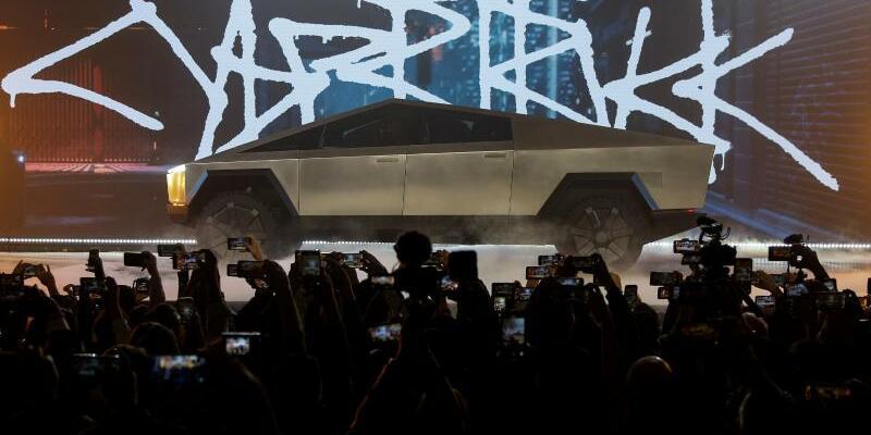 Teslas «Cybertruck» - Foto: Ringo H.W. Chiu/AP/dpa