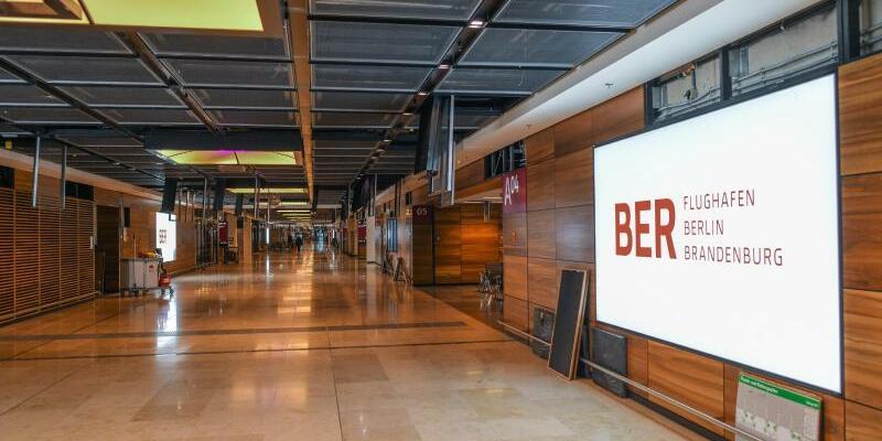 BER - Foto: Patrick Pleul/zb/dpa