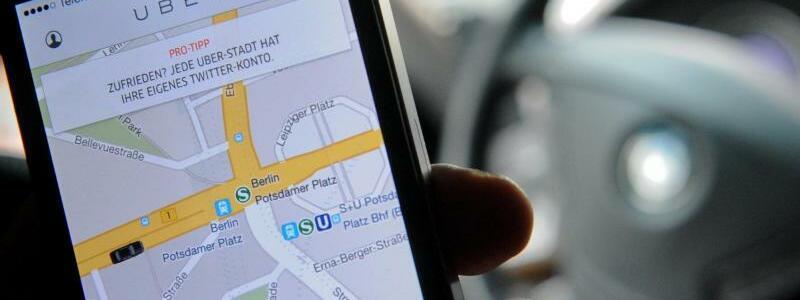 Fahrdienst Uber - Foto: Britta Pedersen/zb/dpa