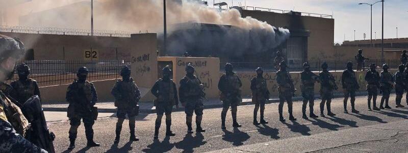 Sicherheitskräfte vor US-Botschaft in Bagdad - Foto: Qassim Abdul-Zahra/AP/dpa