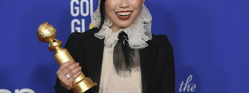 Golden Globes - Awkwafina - Foto: Chris Pizzello/Invision/AP/dpa