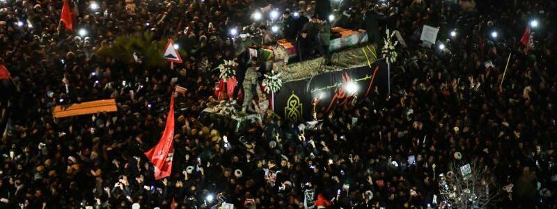 Trauerfeier Soleimani - Foto: Amir Hesaminejad/Tasnim News Agency/AP/dpa
