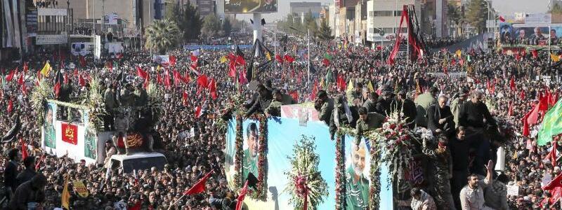 Trauerfeier Soleimani - Foto: Erfan Kouchari/Tasnim News Agency/AP/dpa