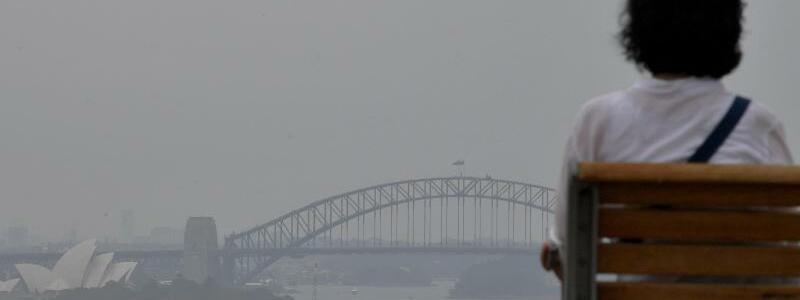 Rauch über Sydney - Foto: Bianca De Marchi/AAP/dpa