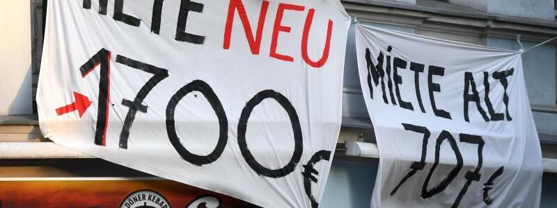 Protest in Berlin - Foto: Ralf Hirschberger/dpa