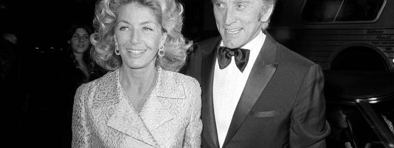 Kirk & Anne Douglas - Foto: Harold Filan/AP/dpa