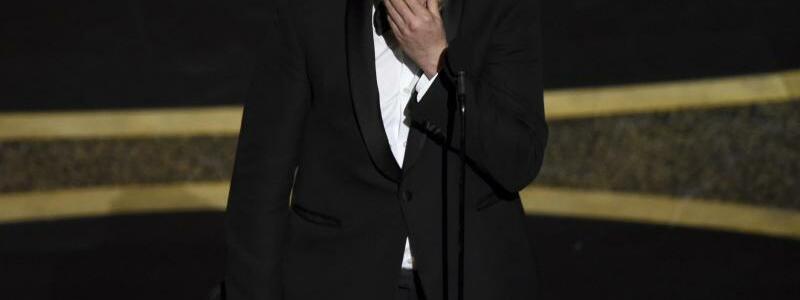 Auf der Bühne - Foto: Chris Pizzello/Invision/AP/dpa