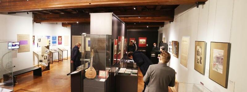 Ausstellung Im Bann des Genius Loci  auf der Wartburg - Foto: Bodo Schackow/dpa-Zentralbild/dpa