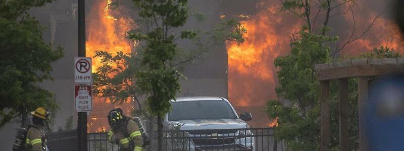 Feuer - Foto: Elizabeth Flores/Star Tribune/AP/dpa