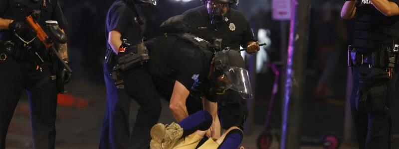 Festnahme - Foto: David Zalubowski/AP/dpa
