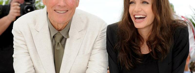Clint Eastwood + Angelina Jolie - Foto: Christophe Karaba/epa/dpa