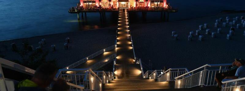 Aktion Night of Light - Insel Rügen - Foto: Stefan Sauer/dpa-Zentralbild/dpa